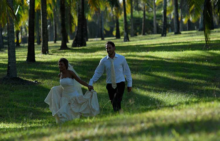 Central Plaza Port Douglas Weddings