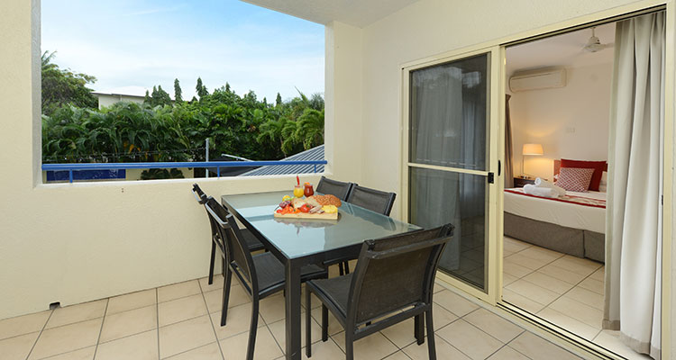 Port Douglas Three Bedroom Apartment