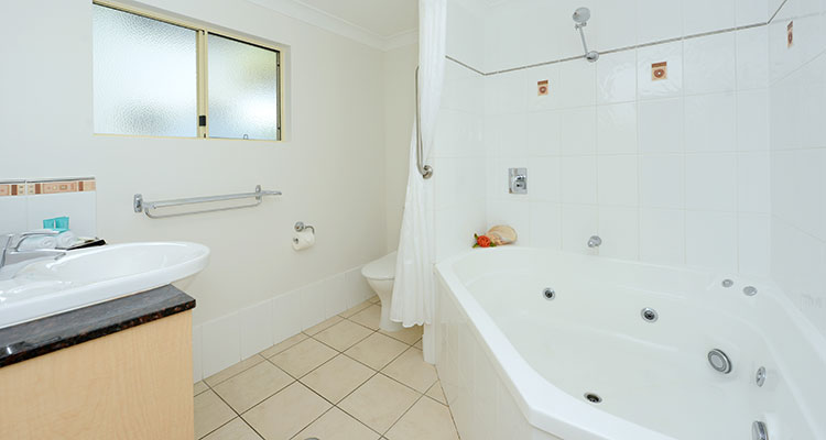 Three Bedroom Apartment Port Douglas